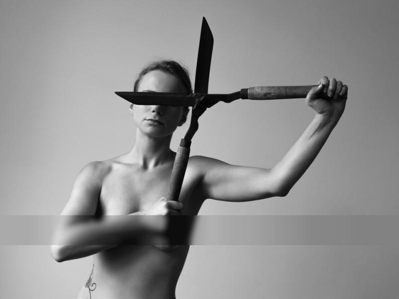 Tools / Nude  photography by Photographer Astrid Schulz ★18 | STRKNG